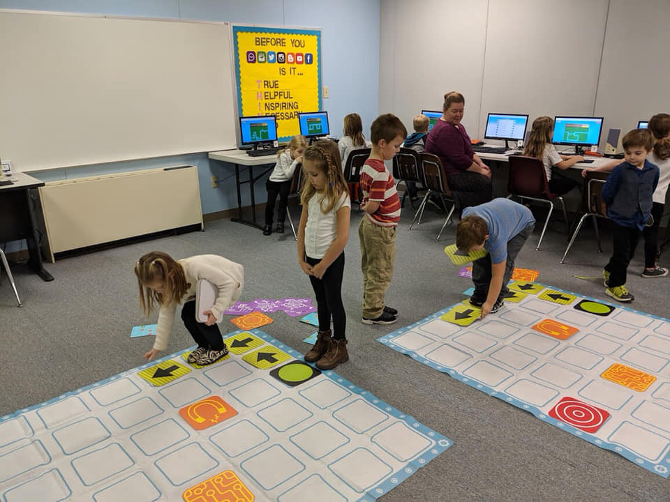 STEM & Robot Races & Scratch